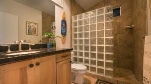 4910Awailapaguestbathroom4502ret_dm